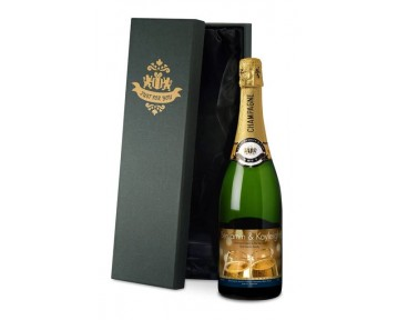 Champagne Flutes ‑ Engagement Label in a silk lined Gift Box